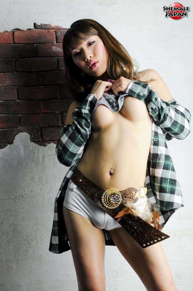 【無修正ニューハーフ画像】美人なNHを日本人に絞ってまとめた結果…高確率で俺より巨根www【27枚】 10